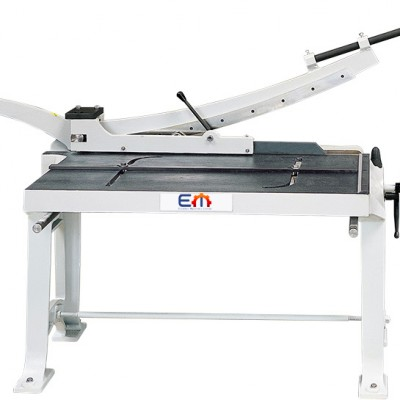 KHS E 1000 – Manual Swing-Beam Shears